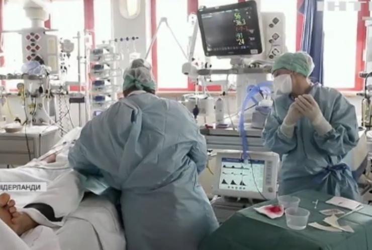 """Скандальна вакцина: в Європі підтвердили зв'язок """"АстраЗенеки"""" з тромбозами"""