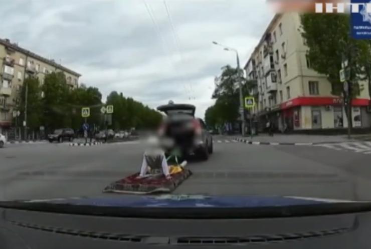 Поліція Харкова затримала водія з пасажирами у багажнику