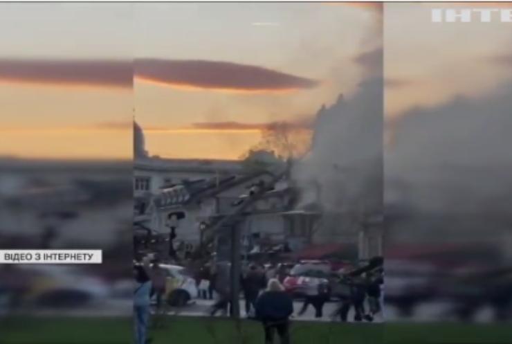 В Одесі масштабна пожежа: горить ресторан з готелем