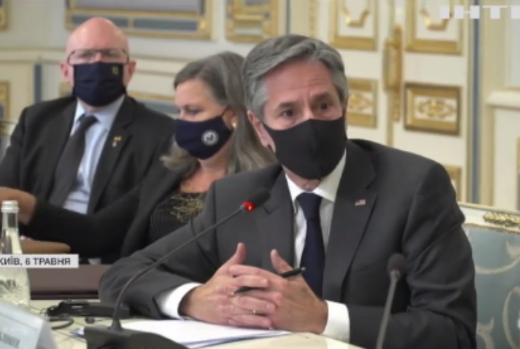 Візит держсекретаря США: про що говорив з президентом України?