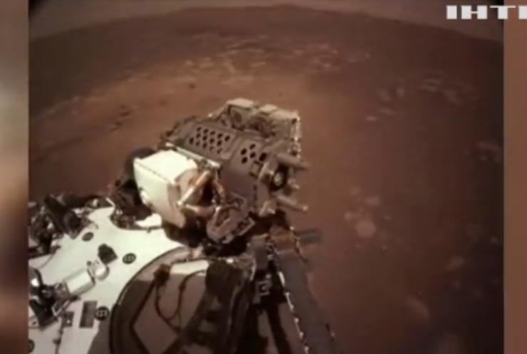На Марсі вже сто днів працює марсохід НАСА