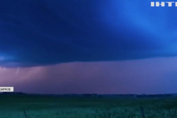 Небезпечні громовиці: як не стати жертвою небесного електричного розряду?