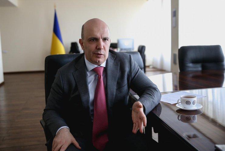 Управління відходами й скорочення вирубки лісів: міністр назвав екологічні пріоритети України