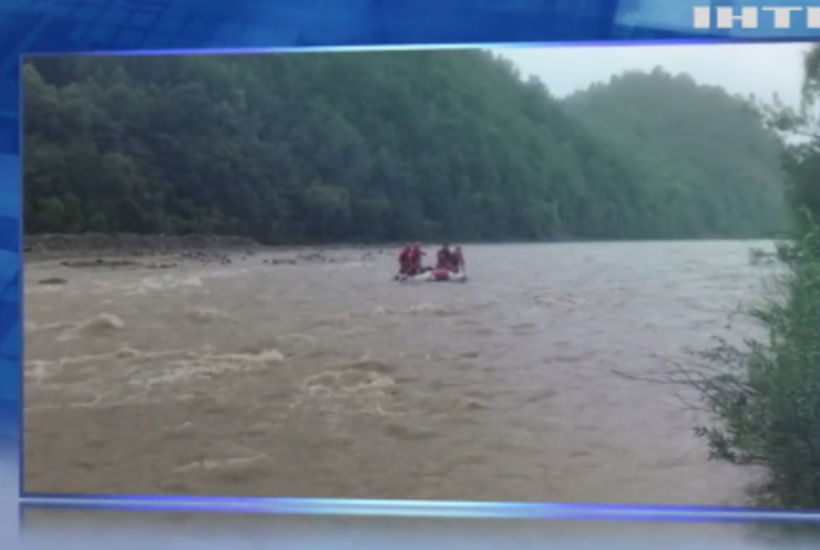 Загибель дванадцятирічного хлопчика: на Прикарпатті дитина потонула у гірській річці