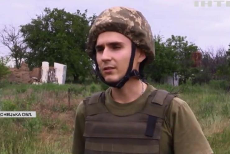 У Водяному українські військові забезпечують мирних жителів питною водою