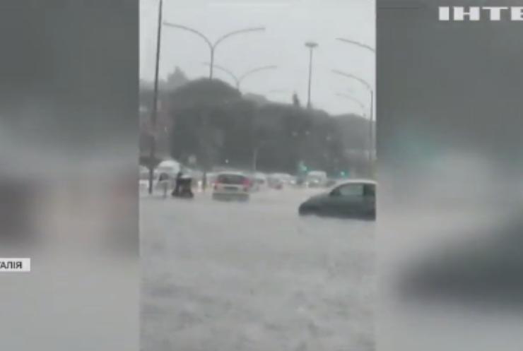 Рим пішов під воду: у столиці Італії пройшла потужна злива