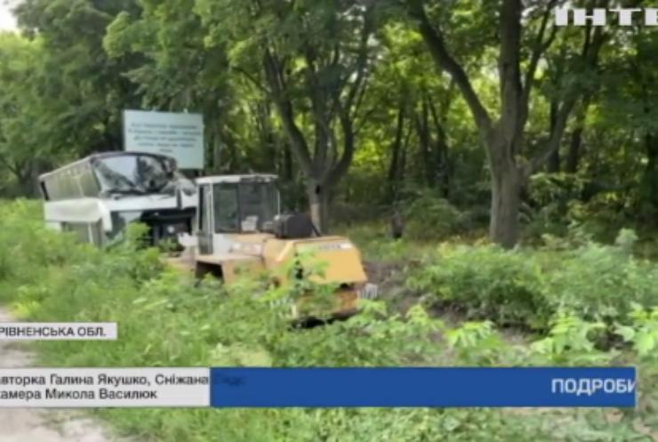 На трасі Київ-Чоп рейсовий міжнародний автобус потрапив в ДТП