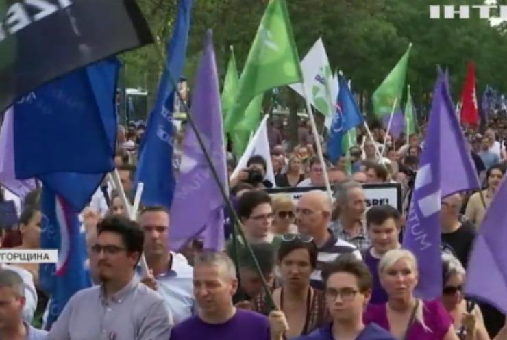 Масштабні протести в Угорщині: скандал навколо шпигунської програми Ізраїлю не стихає