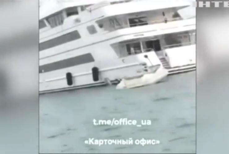 Журналісти зафільмували відпочинок Петра Порошенка в Хорватії
