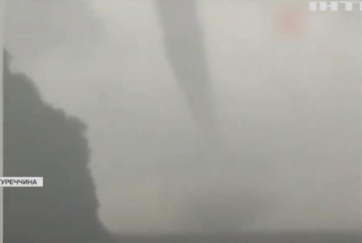 У Турції спостерігали торнадо поблизу берегів
