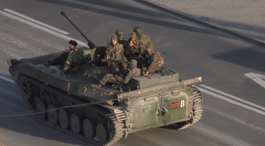 Год назад Луганск можно было спасти