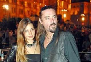 Суд приговорил супругов Карр к 45 гривнам