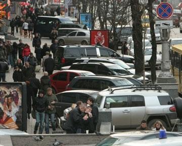 Парковку на Крещатике запретят еще не скоро