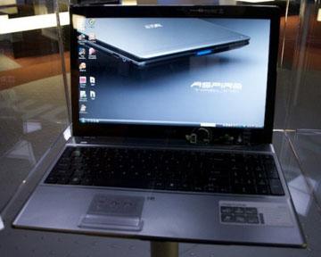 Ноутбук серии Timeline компании Acer. Фото Slashgear.com
