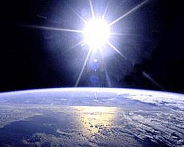 Ежегодно Земля удаляется от Солнца в среднем на 15 сантиметров. Фото NASA