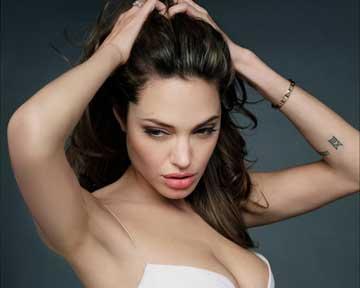 Четвертого июня великолепной Анджелине Джоли исполняется 34 года. Фото kinopoisk.ru