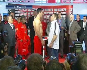 Сегодня Владимир Кличко выйдет на ринг против Руслана Чагаева