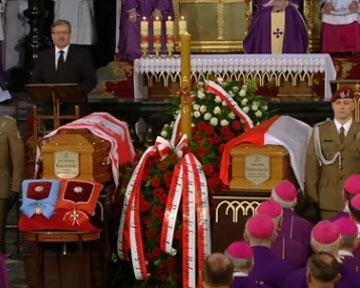 Польша ждет от России правды о Катыни - и.о. президента
