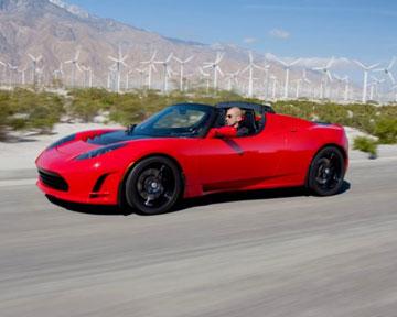 Tesla представила новую версию родстера