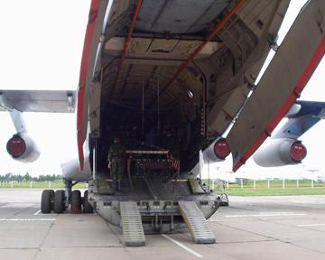 На самолёт Ил-76, прилетевший из Ливии в Республику Молдова , было загружено 60 тонн артиллерийских и противотанковых...