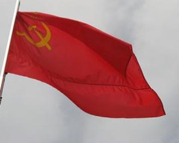 ПР выступает против красных флагов во Львове 22 июня