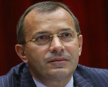 Клюев: Президент поставил задание выполнить большую часть плана в 2011-м. Фото donbass.ua