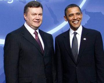 Янукович поздравил Обаму с Днем рождения и пригласил в Украину