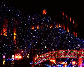 Новогодними огоньками Киев засияет до 10 декабря