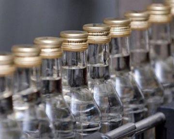 Завод по производству поддельного алкоголя работал в Краснозоренском...