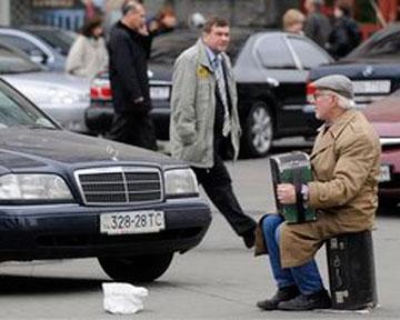 НГ: Украине нужно продержаться до марта