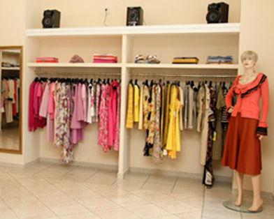 Британка растратила украденные у родственницы полмиллиона фунтов на одежду из бутиков