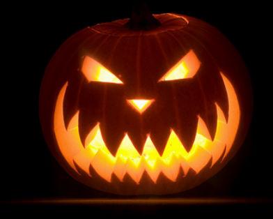 Хэллоуин традиционно отмечается 31 октября в Северной Америке и Европе.