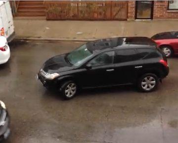 В Чикаго водитель, скрываясь с места ДТП, врезался в шесть машин (видео)