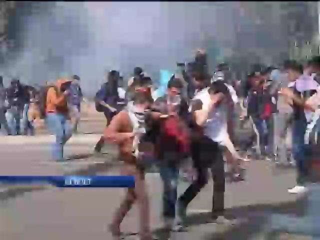 Акции протеста в Египте превратились в побоище (видео)