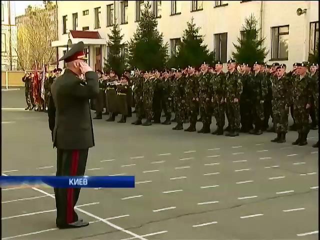 Михаил Коваль встретился с феодосийскими морскими пехотинцами (видео)