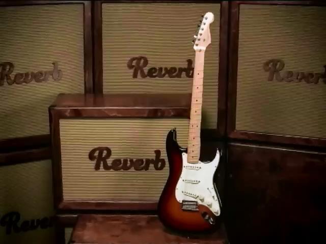 В США за 250 тысяч долларов продали первую серийную гитару Fender (видео)