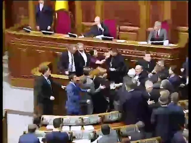 ВР изменила закон о проведении местных выборов (видео)
