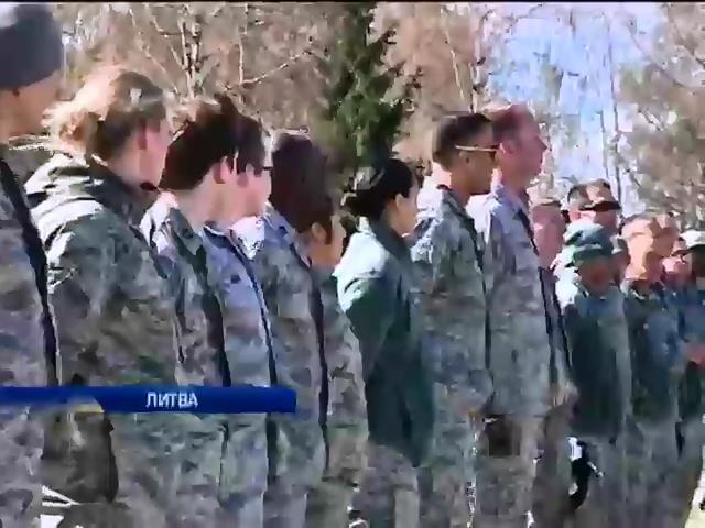 Маккейн призвал вооружить украинскую армию (видео)