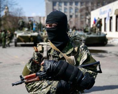 В Славянске прекращена работа СМИ из-за давления на журналистов