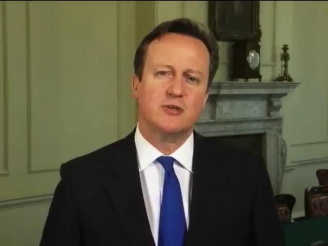"""Британцы возмущены тем, что Кэмерон назвал Британию """"христианским государством"""" (видео)"""