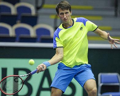 Стаховский сыграет в четвертьфинале турнира в Бухаресте