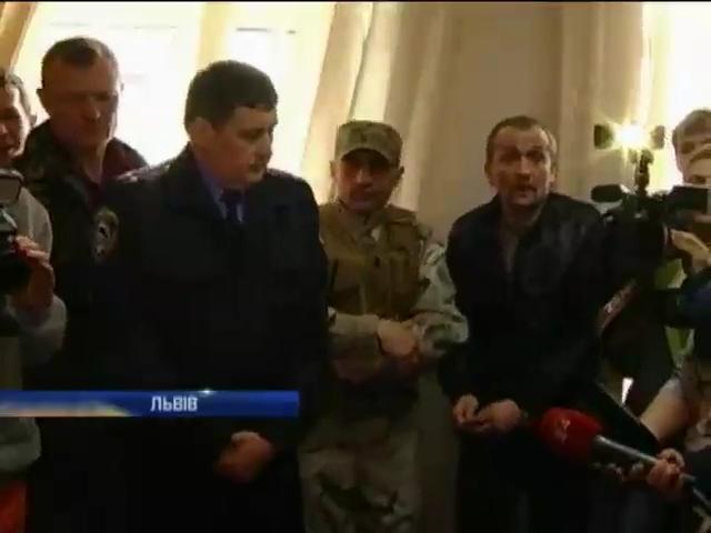 Во Львове начальник ГАИ судится с мэром города (видео)