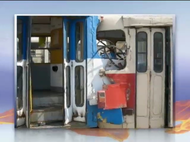 В столкновении двух харьковских трамваев пострадали 7 человек (видео)