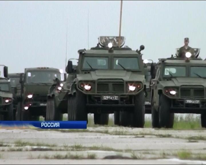 Россияне проводят учения с новым вооружением (видео)