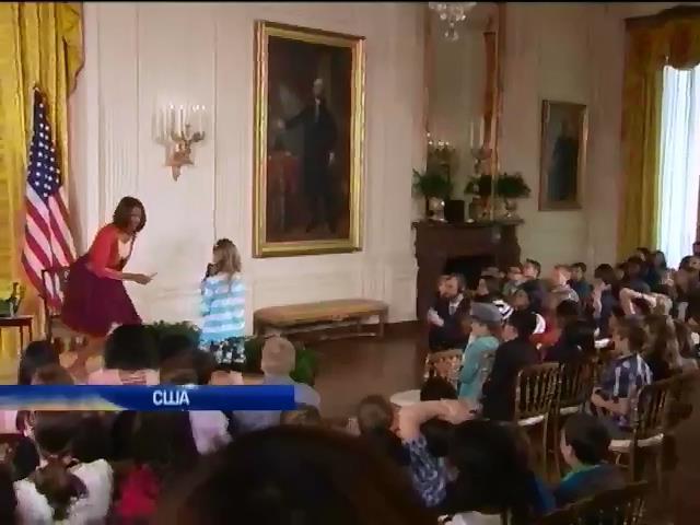 На приеме в Белом доме 10-летняя девочка трудоустроила отца (видео) (видео)