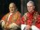 Паломники молятся и танцуют в Ватикане перед уникальной канонизацией двух понтификов