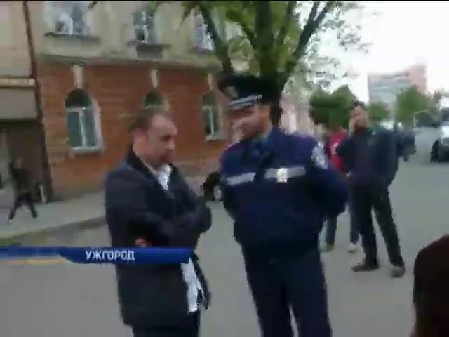 В Ужгороде активисты поймали пьяного водителя (видео) (видео)