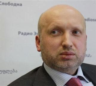 Турчинов хочет отсудить крымское имущество