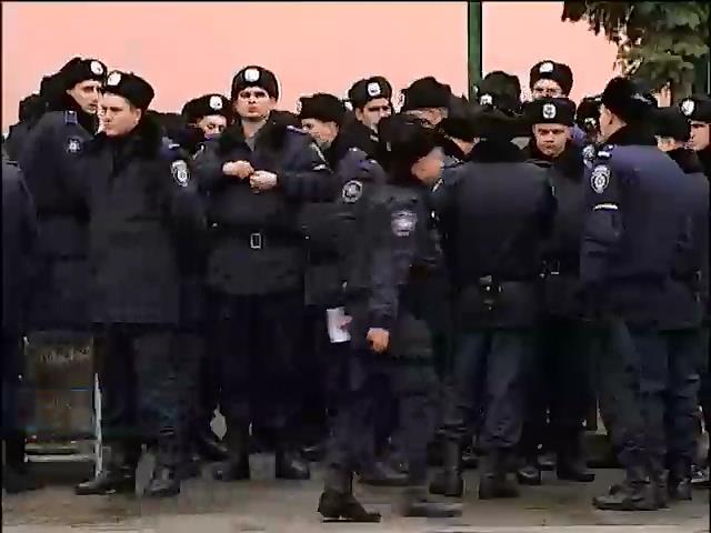 Офицеры запаса возвращаются в ряды вооруженных сил Украины (видео)