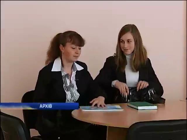 Выпускники школ из восточных регионов Украины могут закончить обучение в столице (видео)